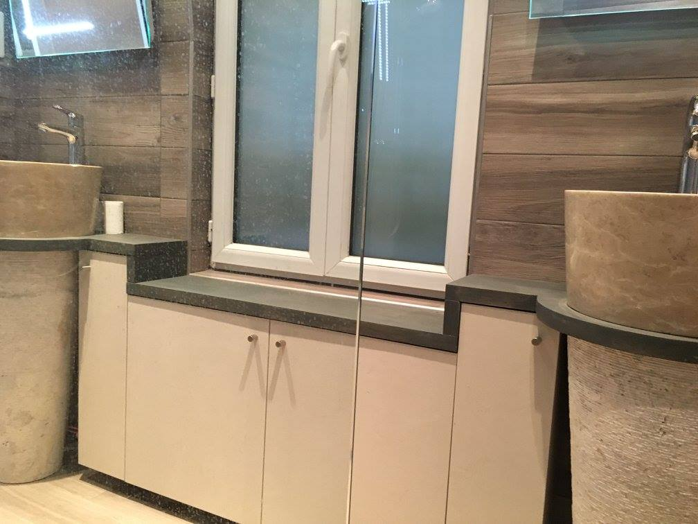 salle de bain couloir odb. Black Bedroom Furniture Sets. Home Design Ideas